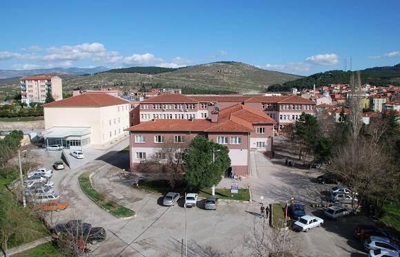 Sındırgı Devlet Hastanesi Geçmişi, Yeri ve Sağlık Hizmetleri